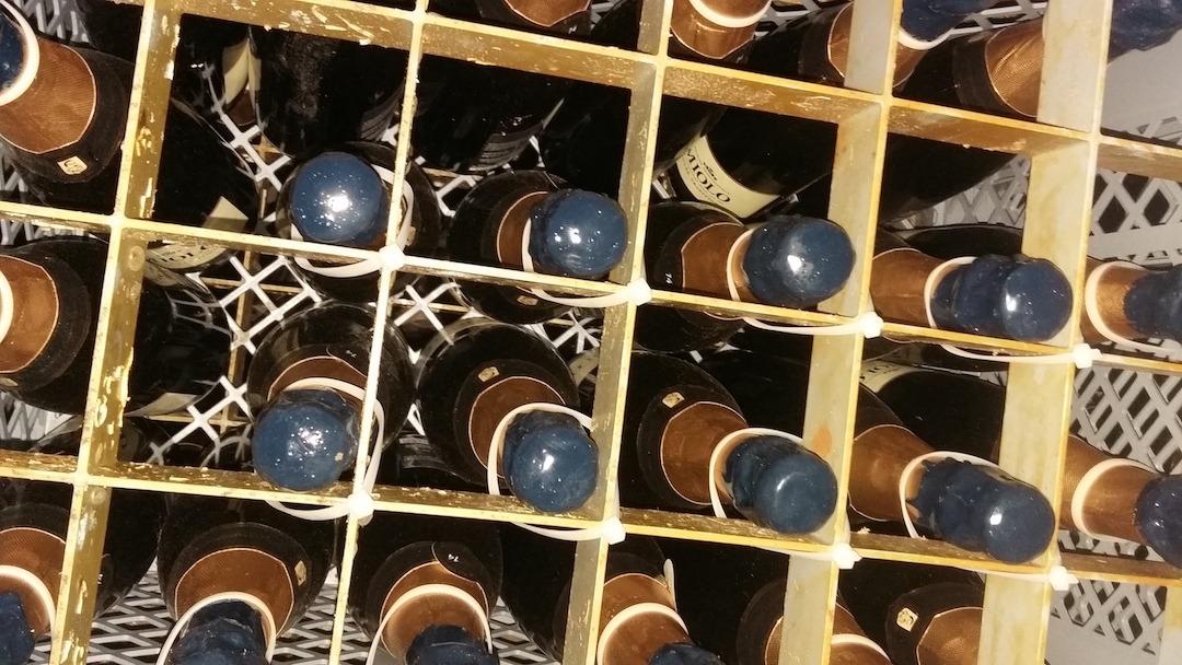 5 dicas para conservar o vinho em casa